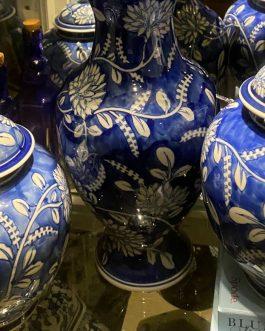 Blue Willow Vases set