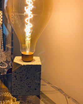 Giant bulb table lamp